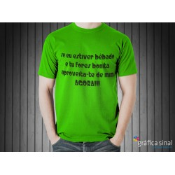 T-Shirt estampada (verde)